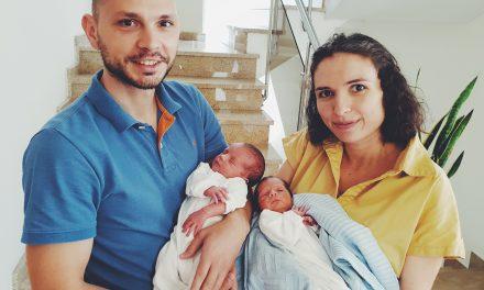 Раждане на близнаци – Йоан и Мика